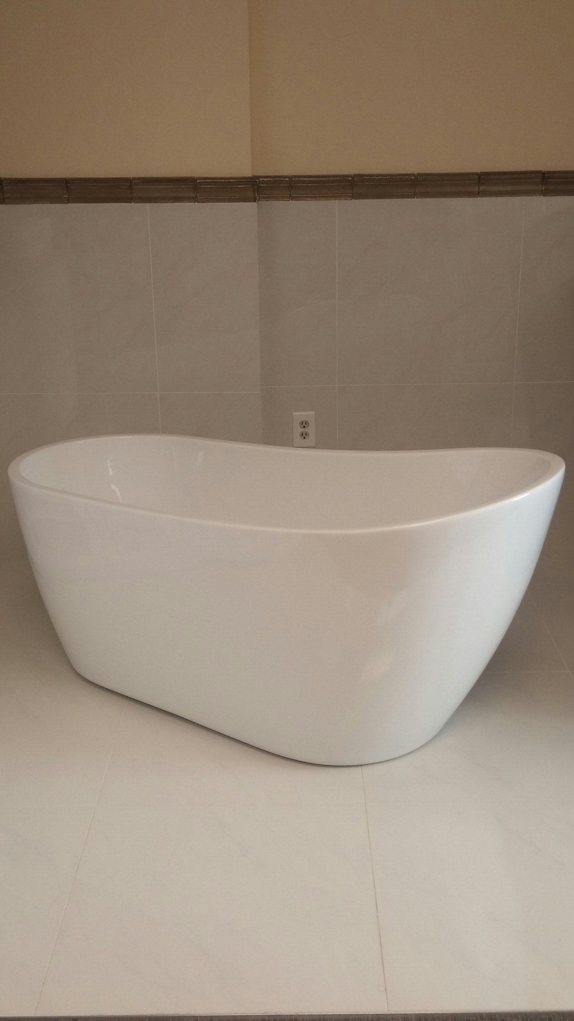 Free standing Barclay bathtub