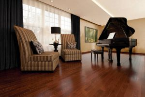 TL-520<br>Mirage Flooring Red Oak Canyon